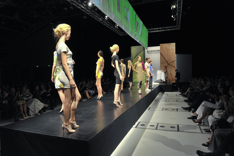 Zeitgeist und Lenzing-Modeschau
