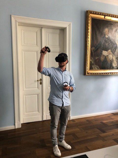 Virtuelle Räume mit VR-Brille erobern
