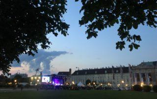 Ohne uns-Kundgebung am Heldenplatz