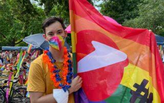 Bank Austria Flagge - Vienna Pride Parade